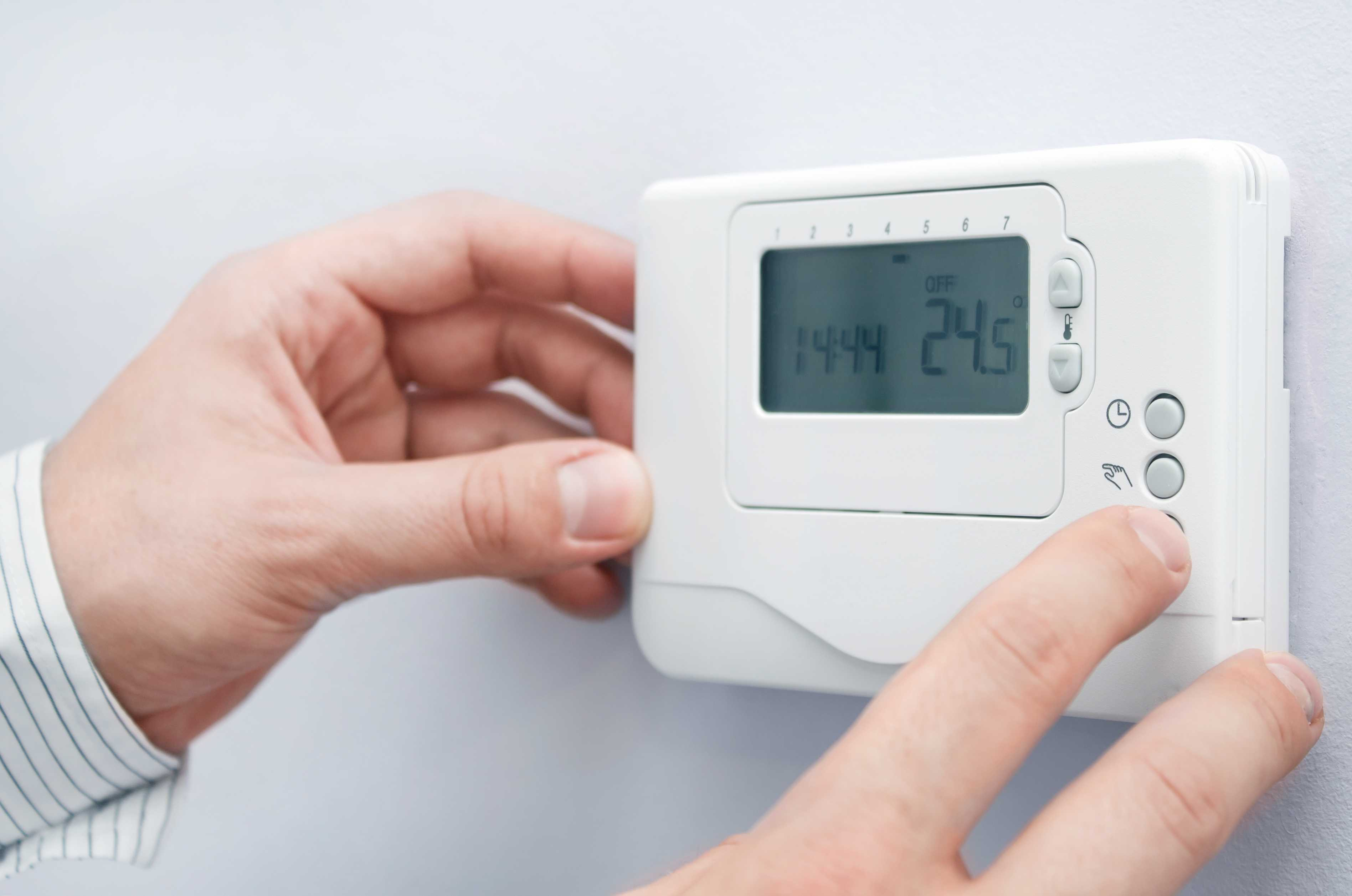 A Programmable Thermostat