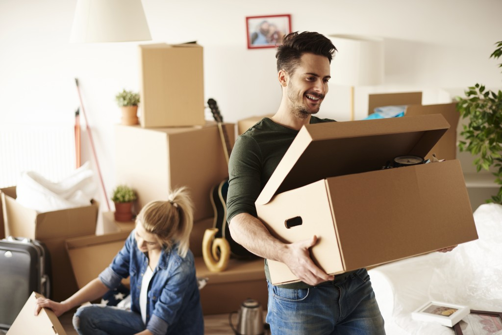 Stress-Free Ways to Move Out and Let Go of Your Past Home Life
