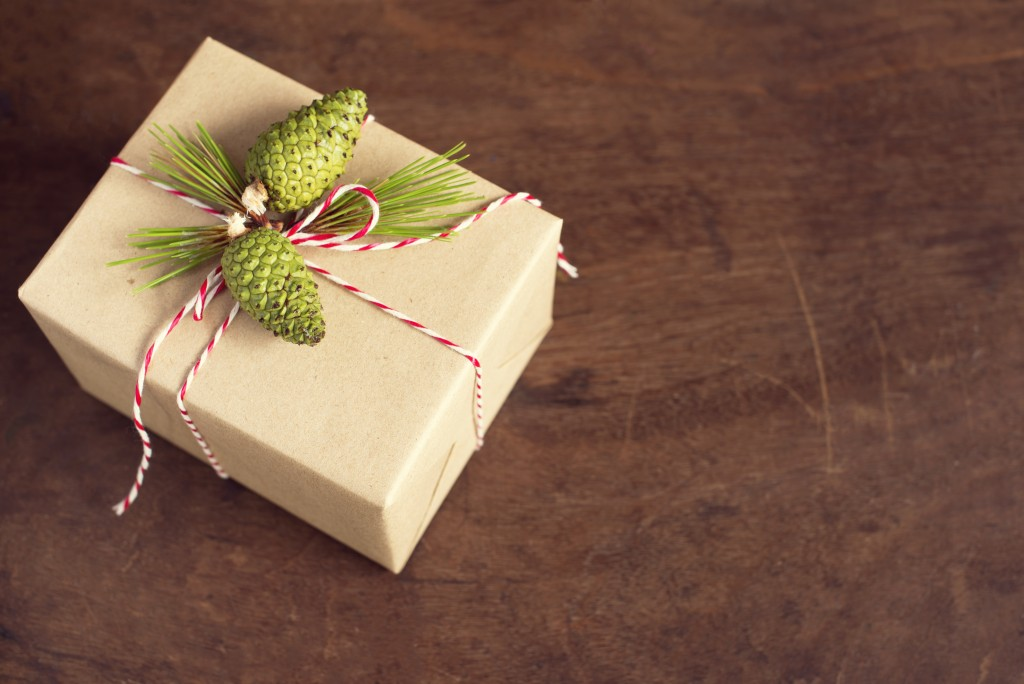 handcraft gift boxes gift box with pinecone