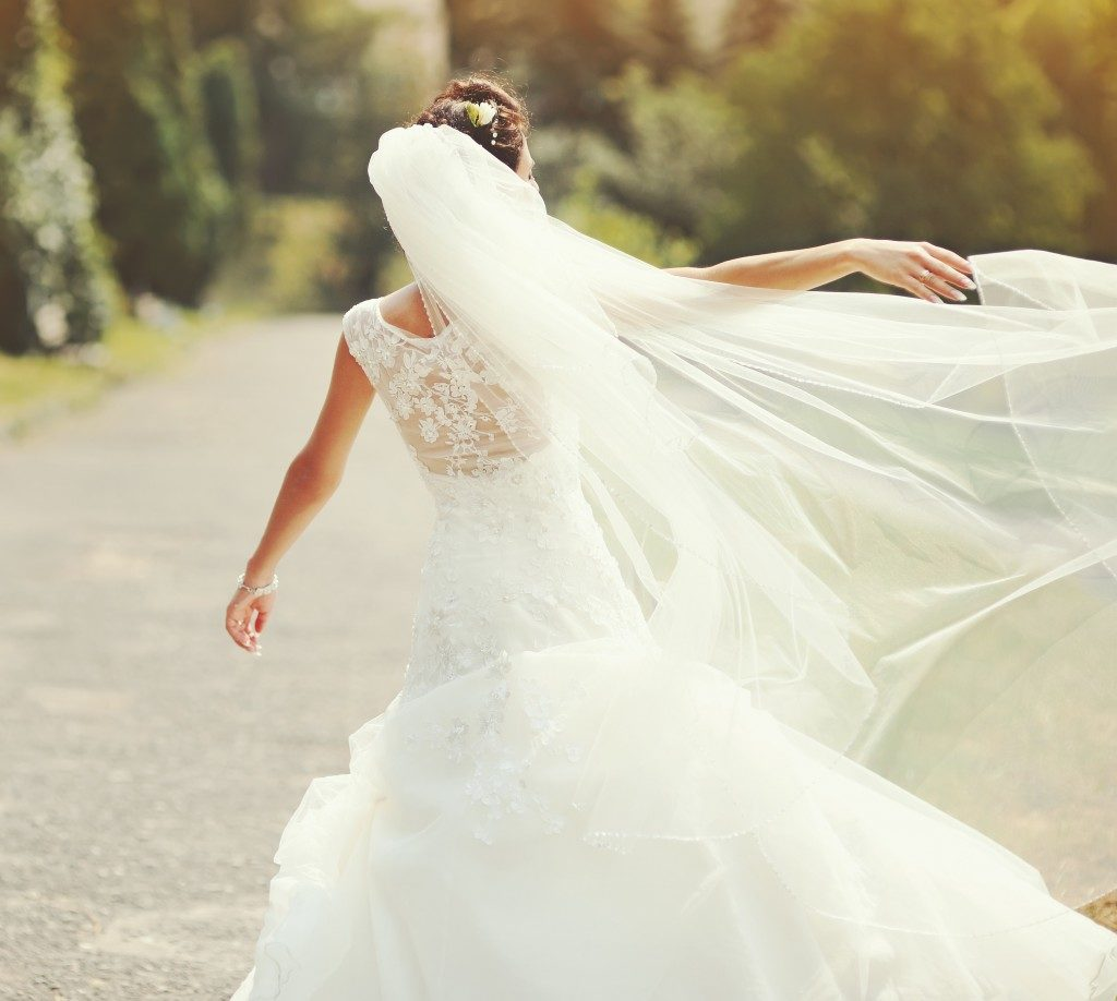 woman wearing her bridal gown