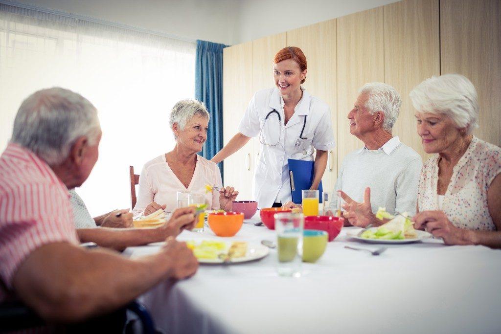 Eating together at a nursing home