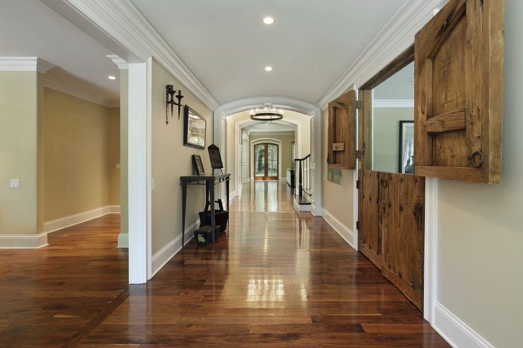 A Grand Entrance: Make Your Entryway Look the Right Way