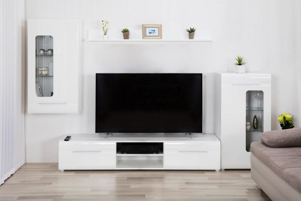 television setup