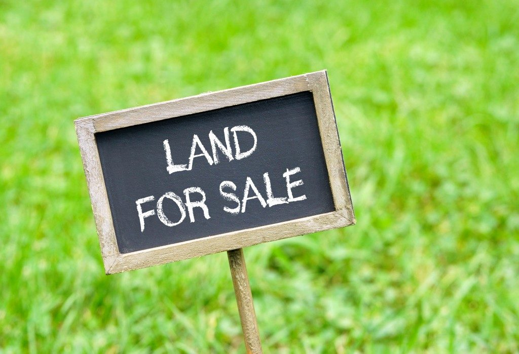 land for sale signange