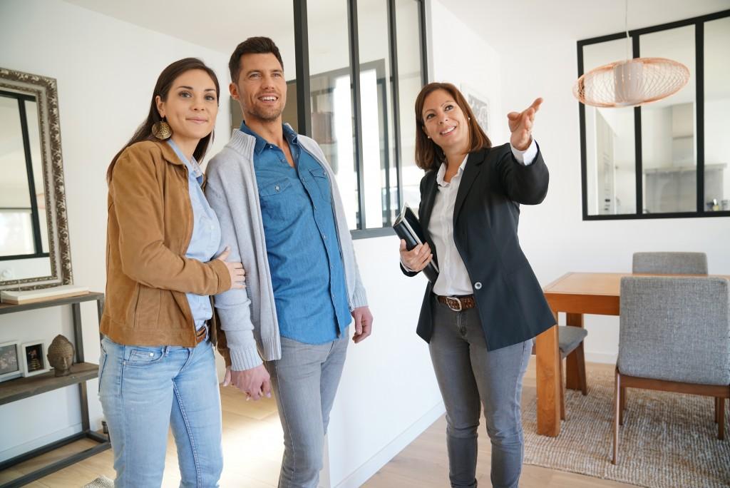 real estate viewing